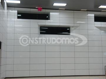 Construdomos mallasombra for Panel sandwich aluminio blanco